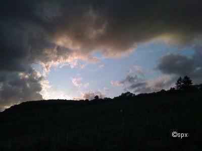 ip0137-wolken-spx